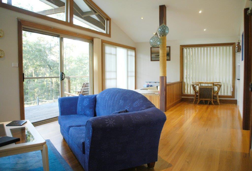 Bewong Cabin Loungeroom