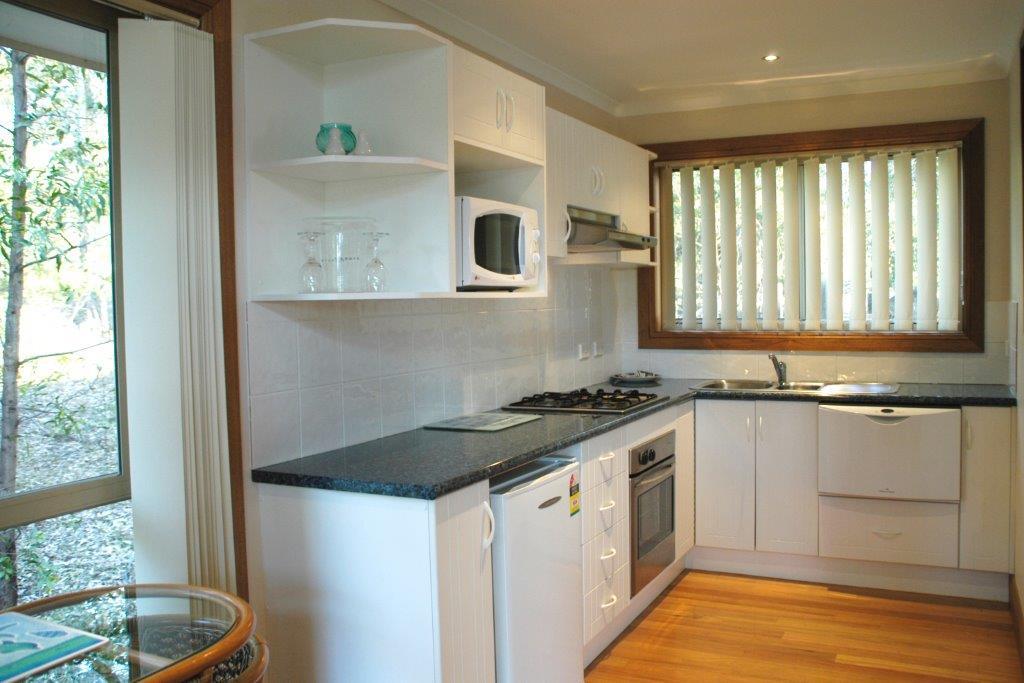 Bewong Cabin Kitchen